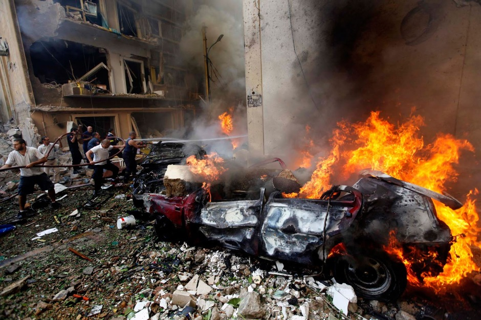 syrian-civil-war-left-umayyad-mosque-fired